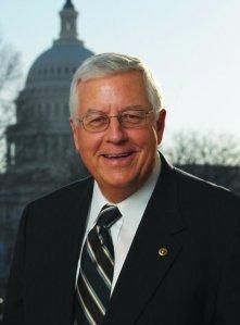 Mike_Enzi,_official_portrait,_111th_Congress